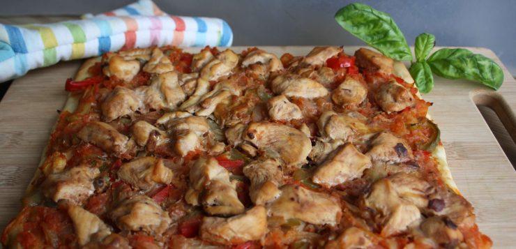 Receta de coca de pollo y verduras