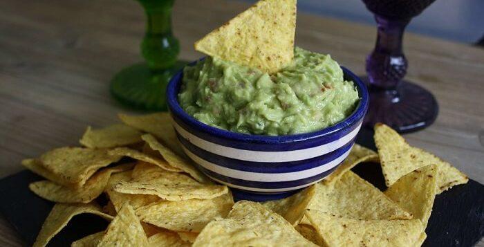 Guacamole casero, perfecto para disfrutarlo con nachos